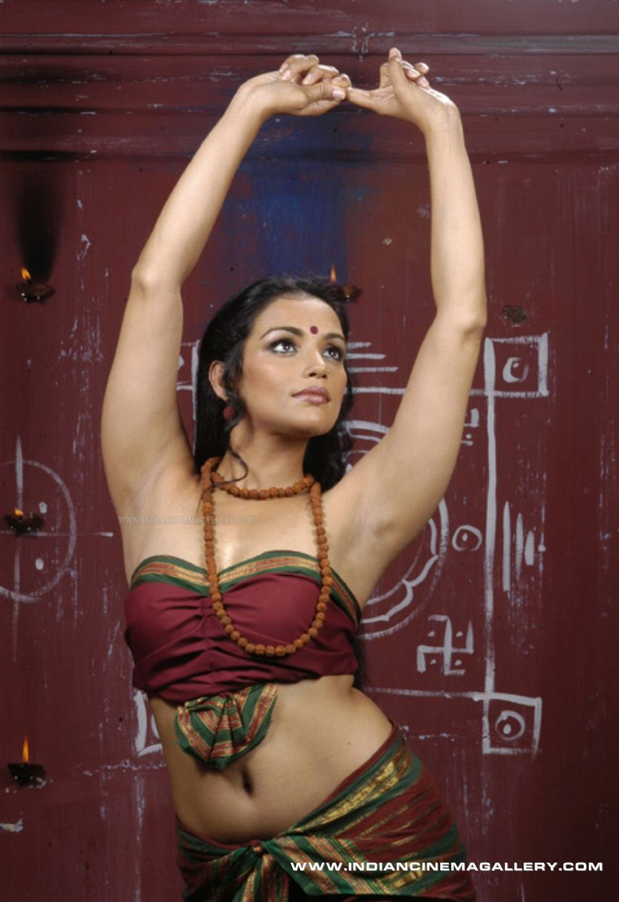 Actress Swetha Menon Sexy Photos Kamasutra Ad  indiansizzling