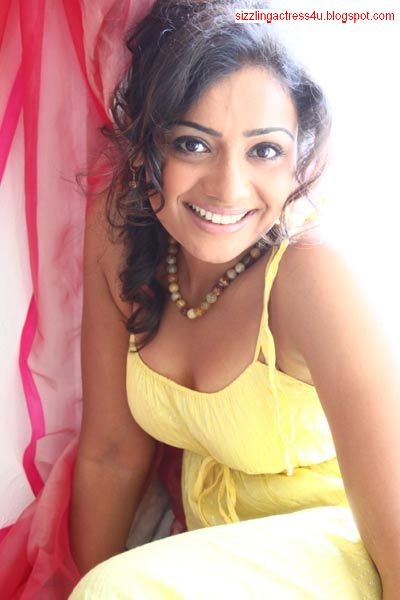 Published February 17  X 600 In Actress Meera Vasudev Sexy Photos